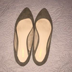 Old navy army green flats